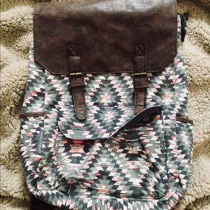 Handbags - NWOT Tribal Print Backpack